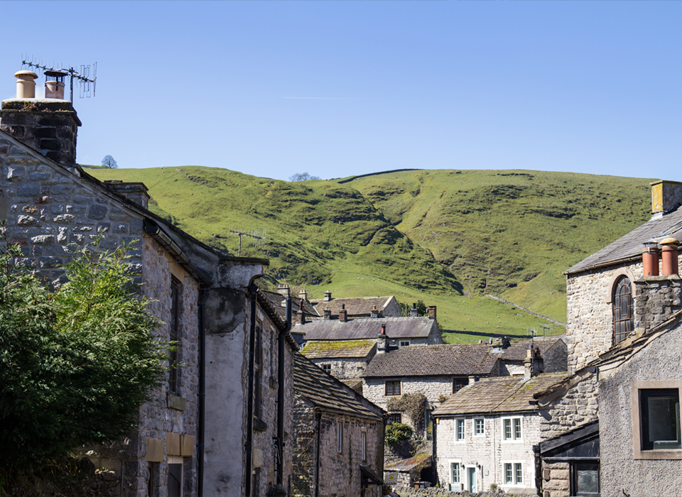 the-poachers-arms-local-attractions-castleton